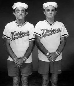 MEM_İkizler - Walter ve David Oliver, 65 yaş, Walter 8 dakika önce doğmuş